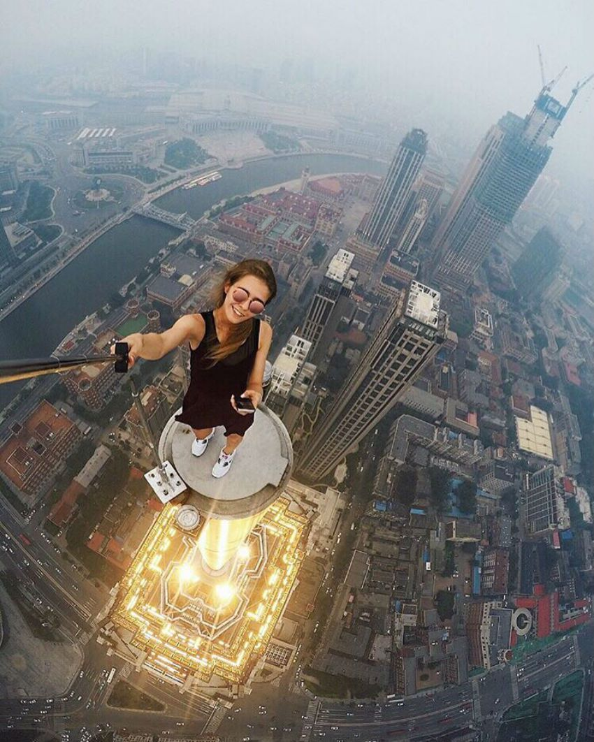 Vrouw maakt gevaarlijkste selfies ter wereld