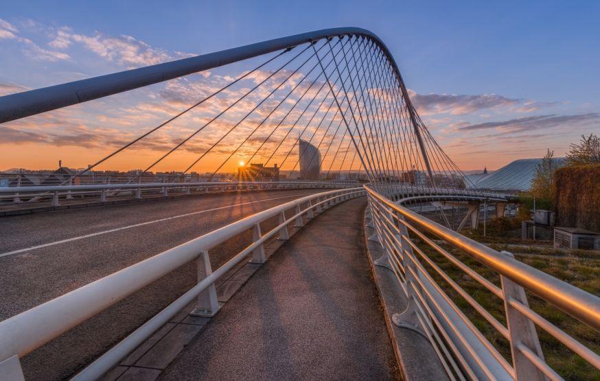 In de Spotlight: 'De gekleurde brug' van Marlou Nijpels
