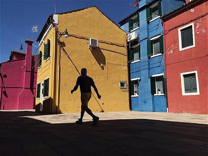 De kleurrijke straten van Burano