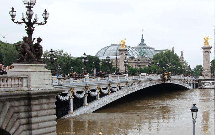 Parijs met hoog water