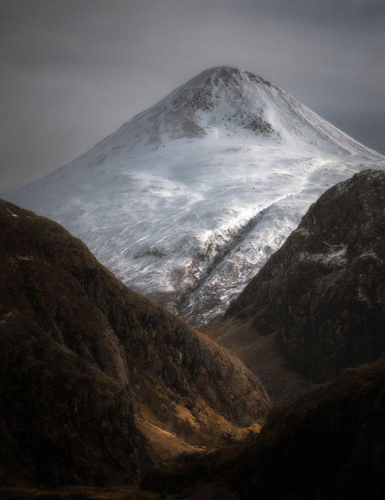 © Scott Robertson - Binnein Beag through Steall, Scottish Highlands