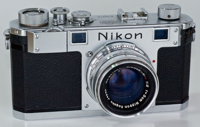 Retro Friday: Nikon meetzoekercamera's