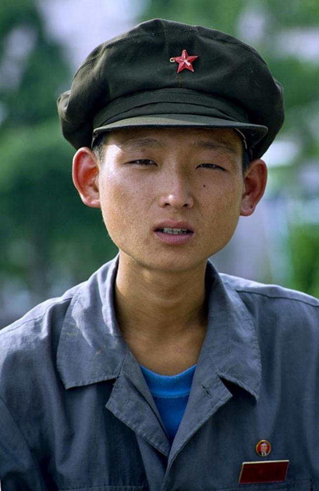verboden noord-korea foto's