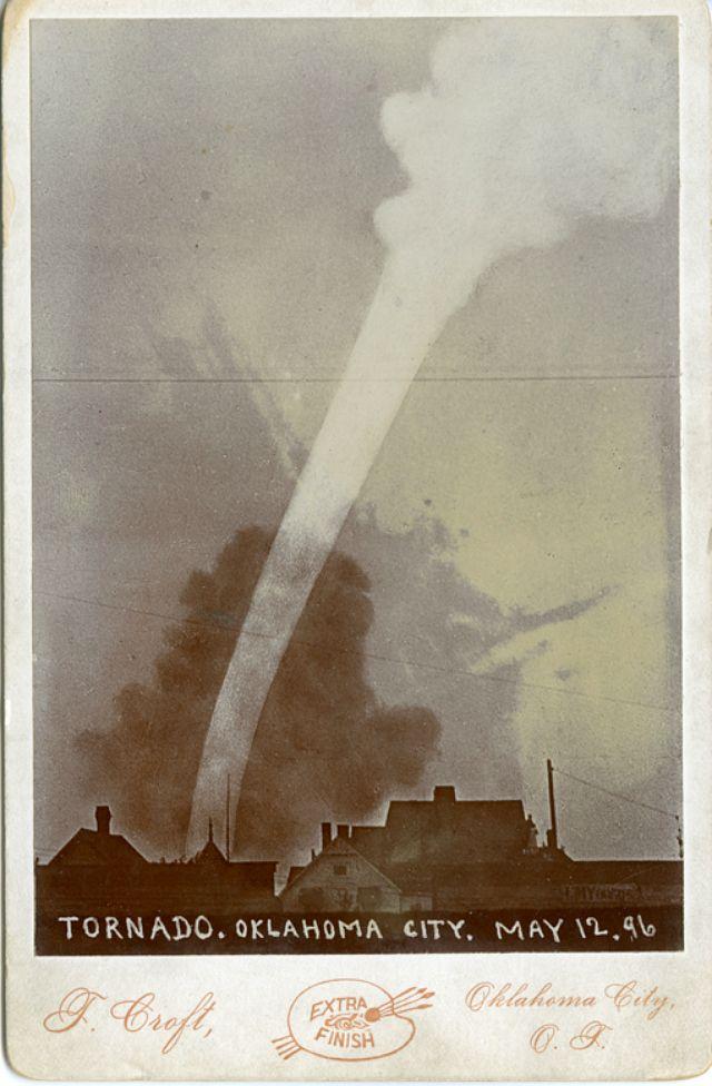 Eerste tornado als model