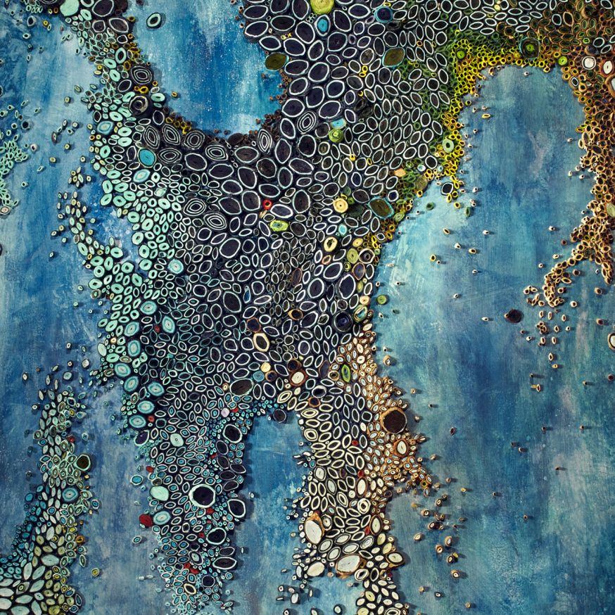 Kolkende oceaan gemaakt van papier