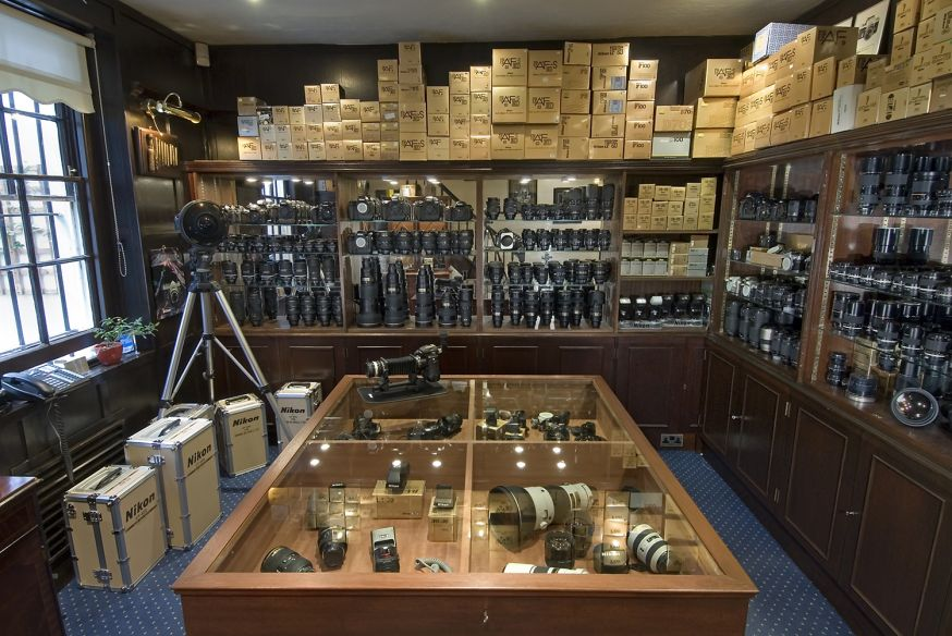 Video tour door fotozaak Grays of Westminster