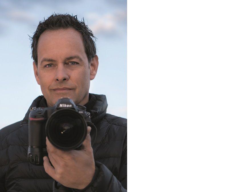 marsel van oosten wildlife photographer of the year 2018