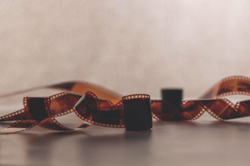 rescued film project: vergeten fotorolletjes uit analoge camera's